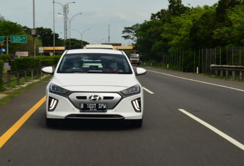 Review Hyundai Ioniq Jangan Dibeli Jika Dua Hal Ini Belum Terpenuhi Aftermarketplus Id Review Mobil Dan Motor